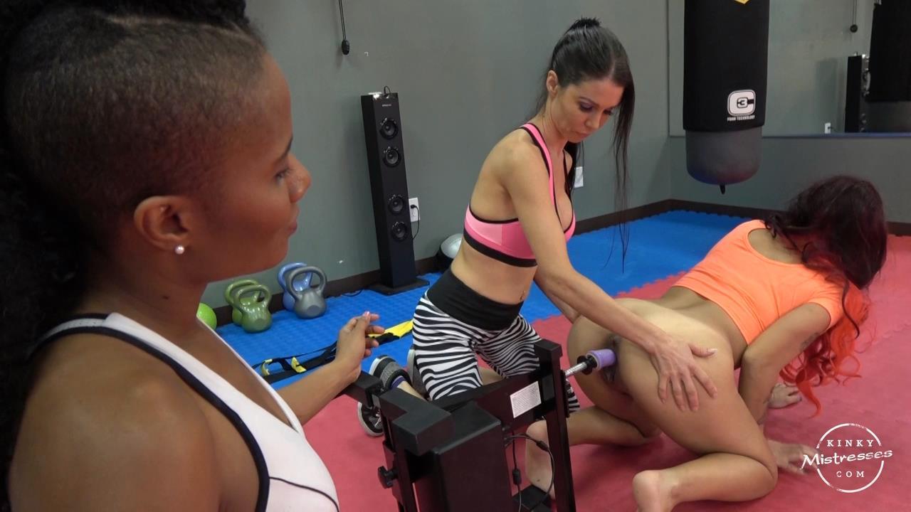 Mistress Susi, Jet Setting Jasmine In Scene: Fucking Machine Training - KINKYMISTRESSES - HD/720p/MP4