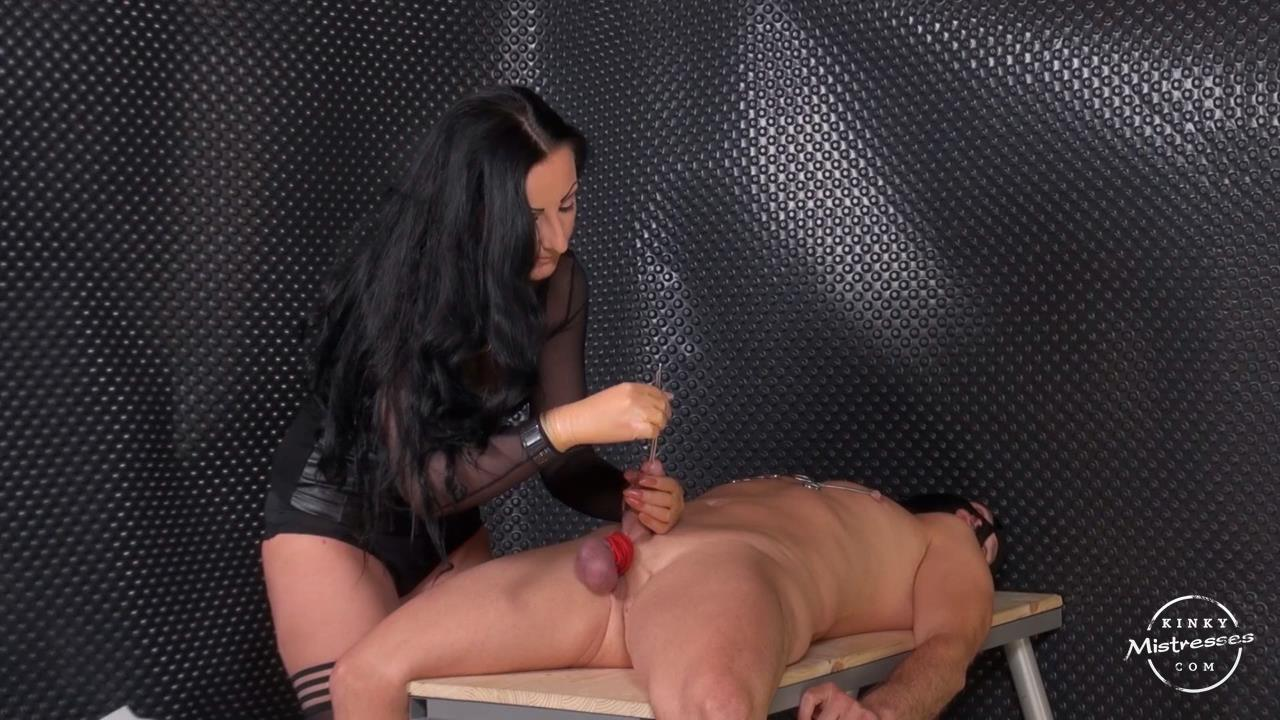 Lady Luciana In Scene: Fun With Sounds and Nipple Clamps - KINKYMISTRESSES - HD/720p/MP4