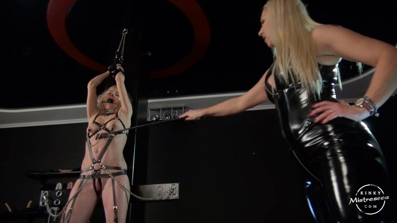 Mistress Marta In Scene: Mistress Martas Slave Girl - KINKYMISTRESSES - HD/720p/MP4