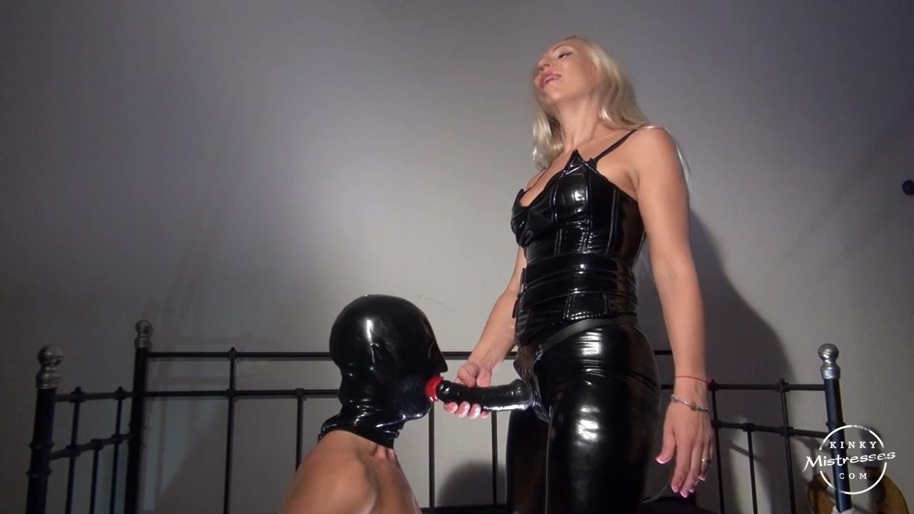 Mistress Mart In Scene: Suck Mistress Marta's Cock Bitch - KINKYMISTRESSES - HD/720p/MP4