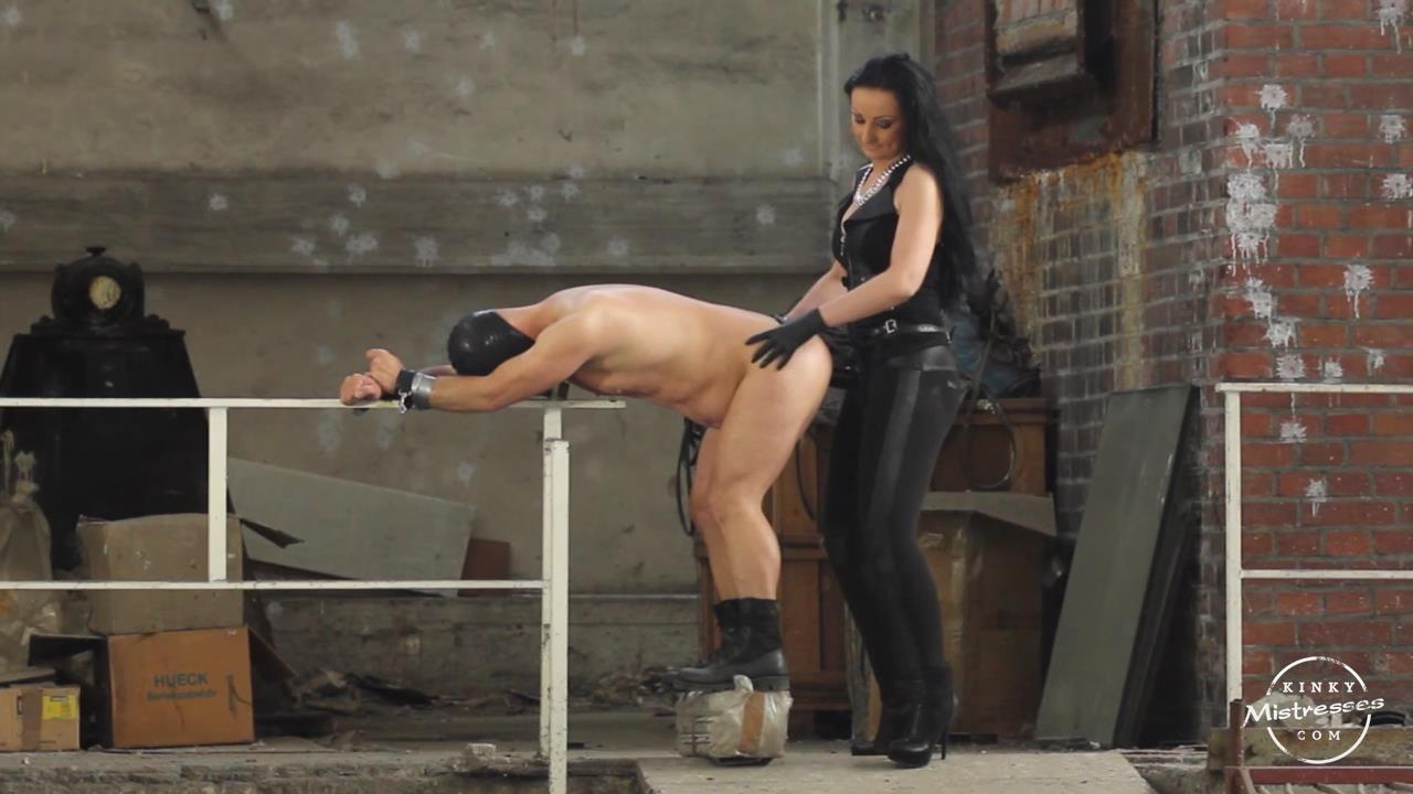 Lady Luciana In Scene: Fucked in the Factory - KINKYMISTRESSES - HD/720p/MP4