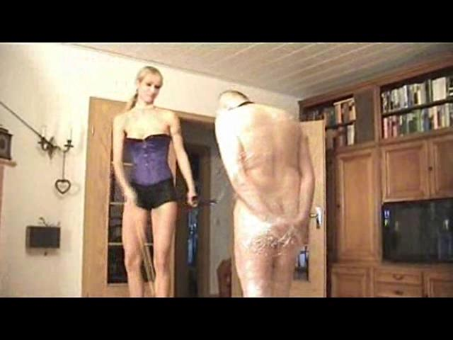 Empress Victoria In Scene: Funny game - PLANETFEMDOM - SD/480p/WMV