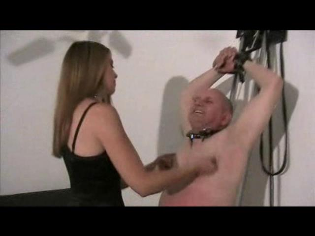 Goddess Kyra In Scene: Face slapping - PLANETFEMDOM - SD/480p/WMV