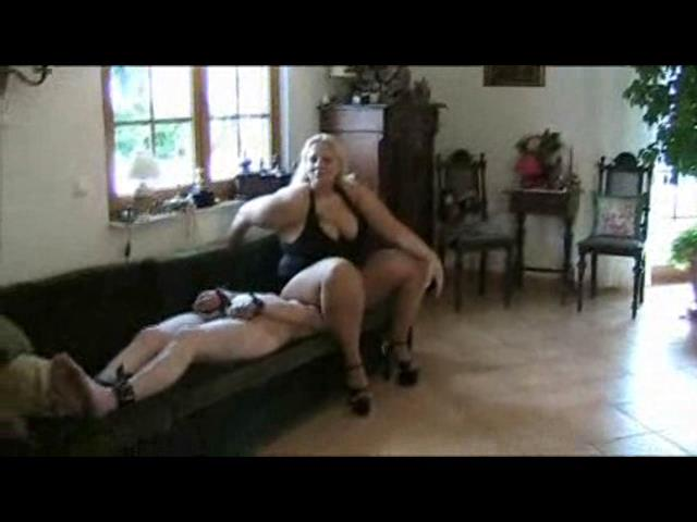 The Governess In Scene: Face Crush - PLANETFEMDOM - SD/480p/WMV