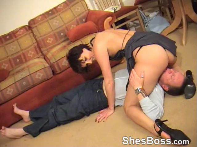 Hania In Scene: Disco Downer - SHESBOSS - SD/480p/MP4