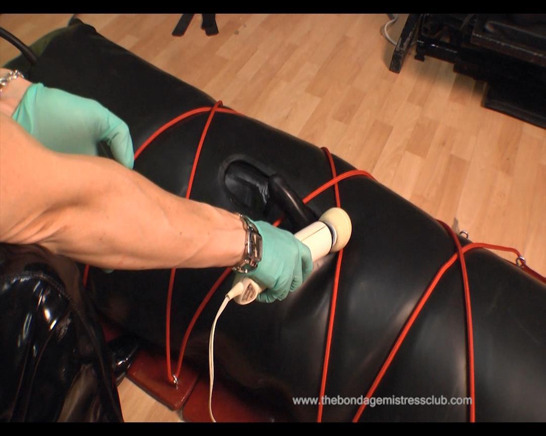 Riding Mistress In Scene: Rubber Rope Vibrator - THEBONDAGEMISTRESSCLUB - HD/864p/WMV