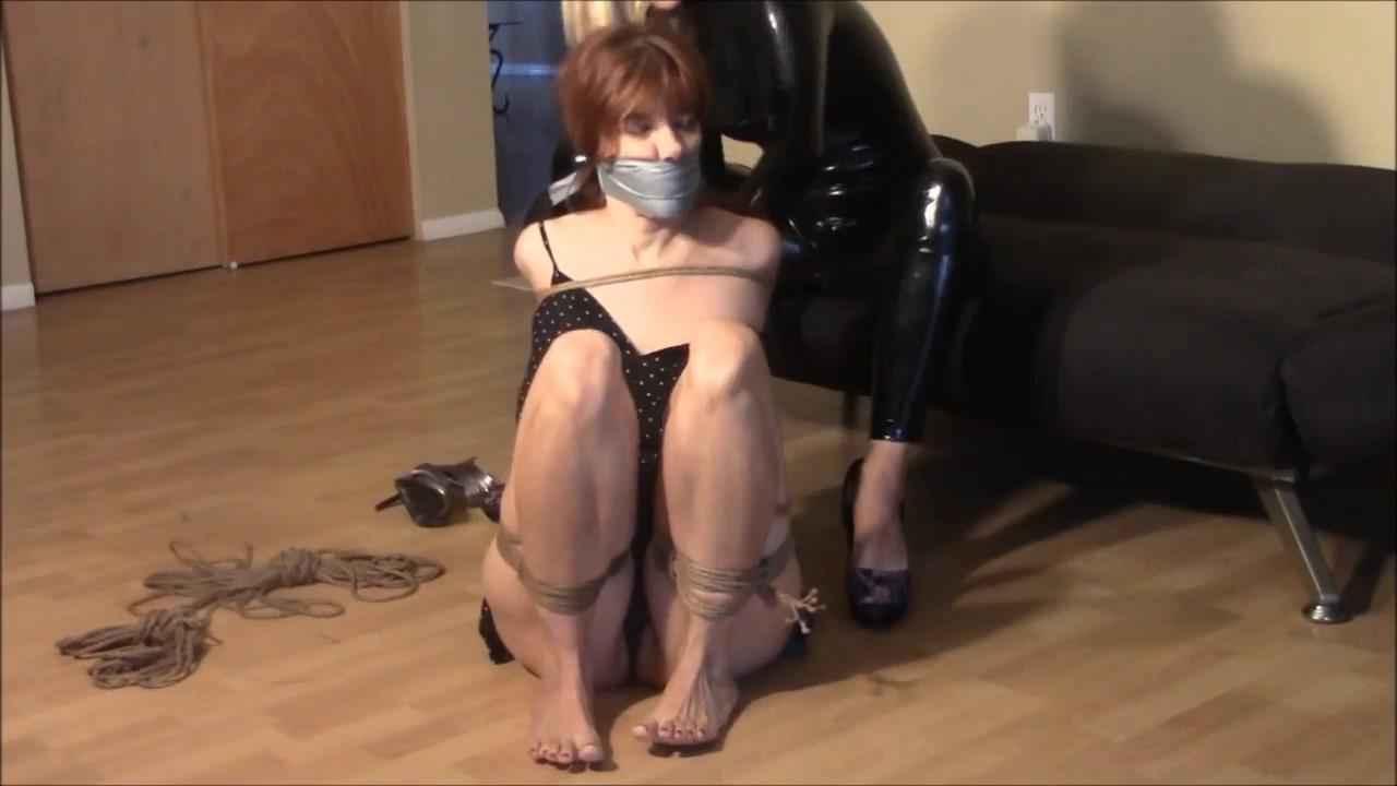 Briella Jaden In Scene: Even Catburglars Have Personal Vendettas Too - BRIELLASBONDAGEBOUTIQUE - HD/720p/MP4