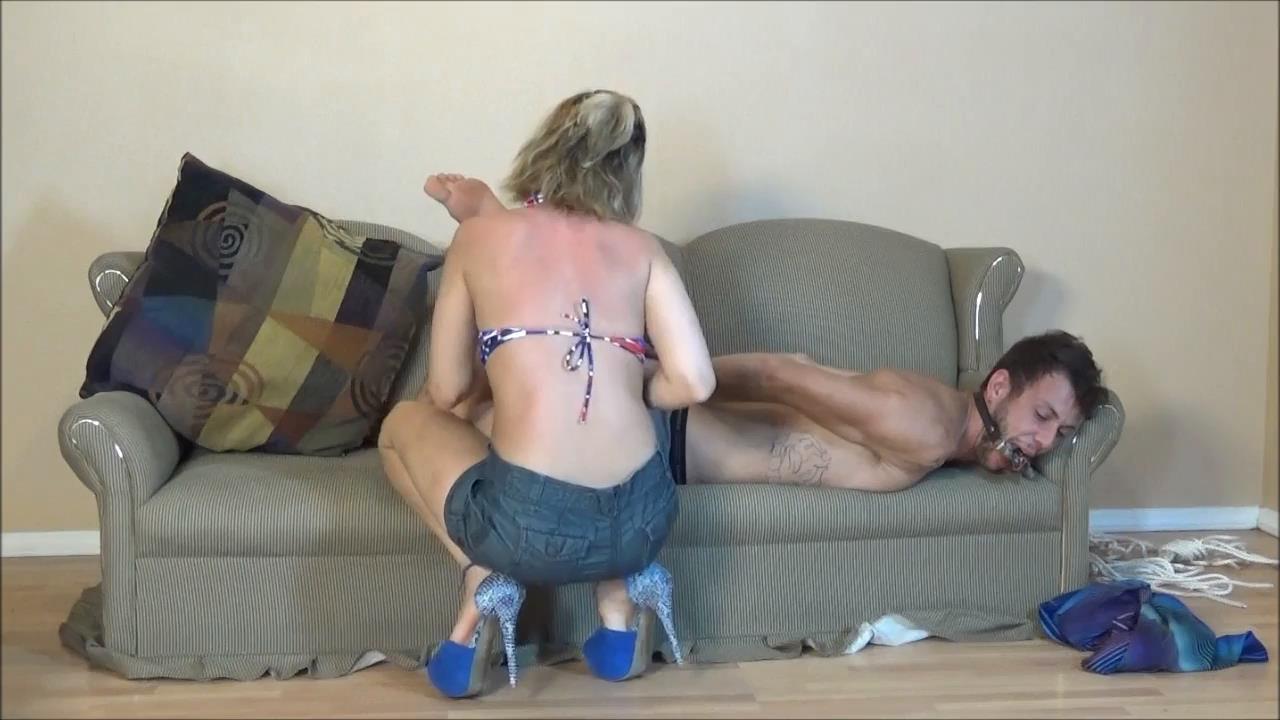 Briella Jaden In Scene: Arrogant Hedonistic Male Shown the Ropes - BRIELLASBONDAGEBOUTIQUE - HD/720p/MP4