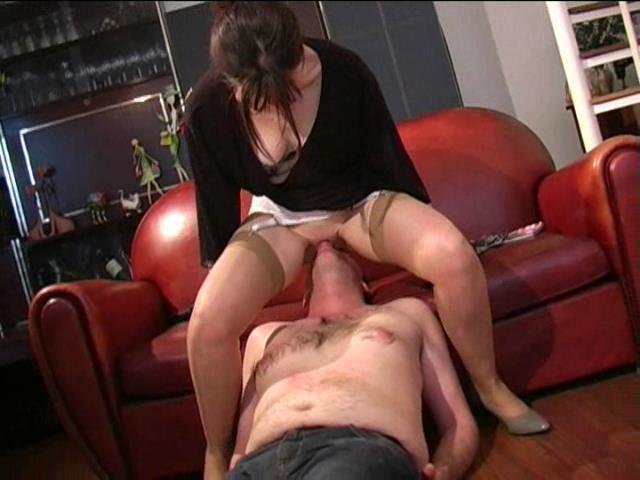 Mistress Christine In Scene: Ms Christine - Eat it - FRENCH-DOMINA - SD/480p/WMV