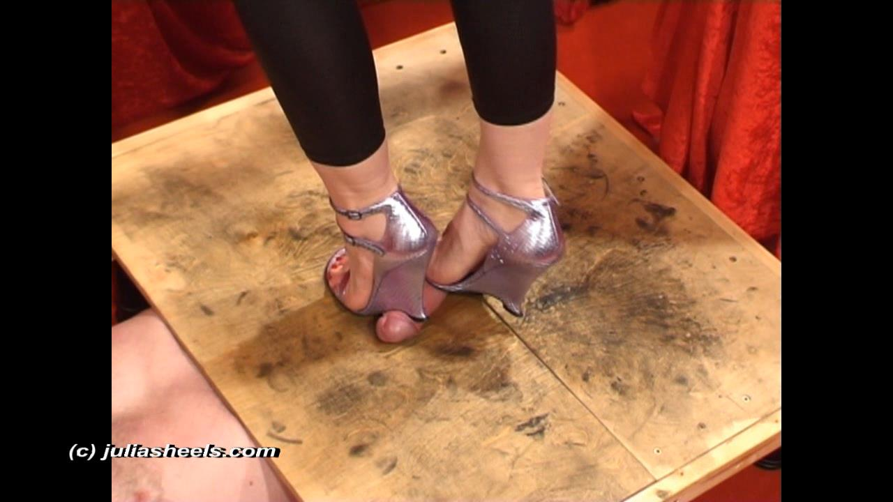 Mistress Julia In Scene: Bare feet and YSL wedges extract cum - JULIASHEELS - HD/720p/WMV