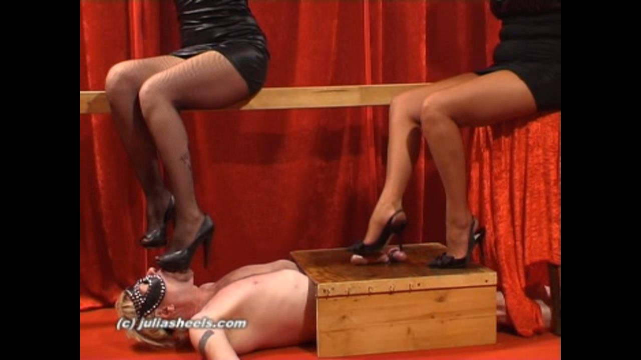 Mistress Natasha In Scene: 2 Goddesses heels tease - JULIASHEELS - HD/720p/WMV