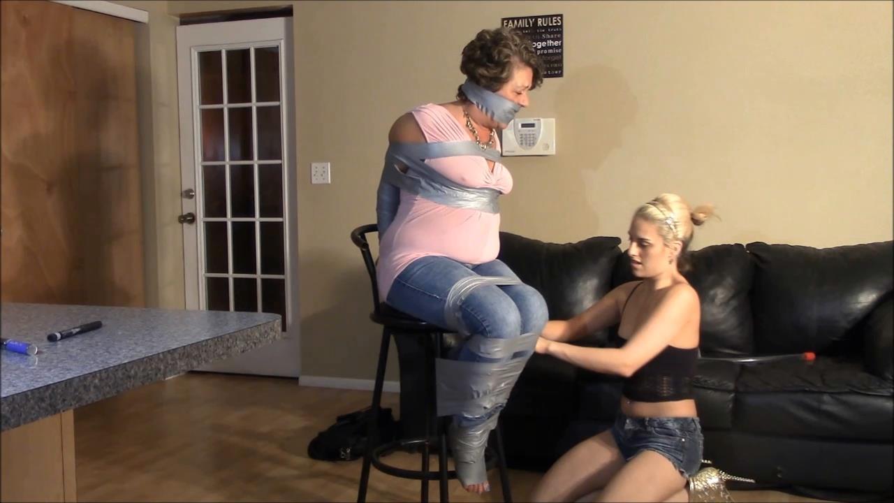 Briella Jaden In Scene: It's a Game Changer For Mom - BRIELLASBONDAGEBOUTIQUE - HD/720p/MP4