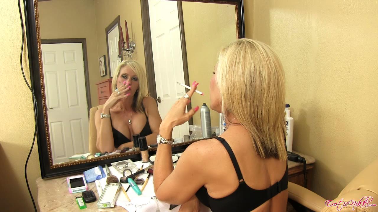Nikki Rauchen Erotisch Ashton Best porn