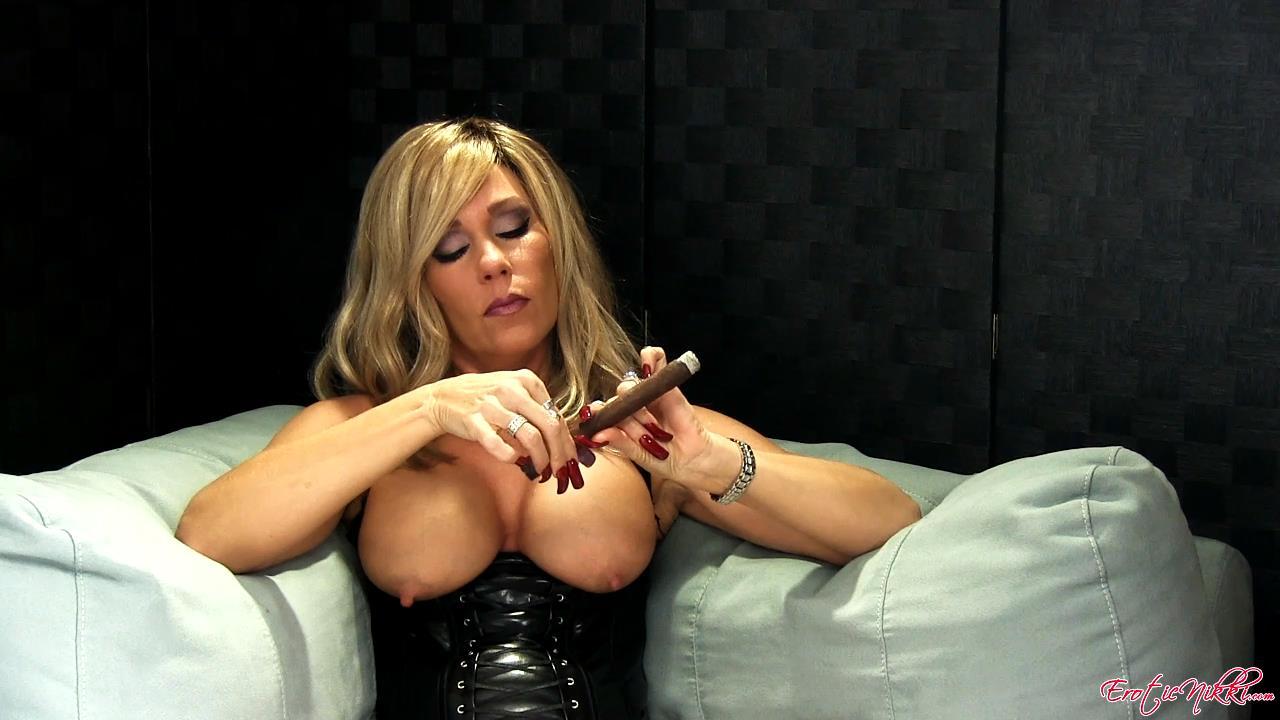 Erotic Nikki Ashton In Scene: Long Dark Cigar - EROTICNIKKI - HD/720p/MP4
