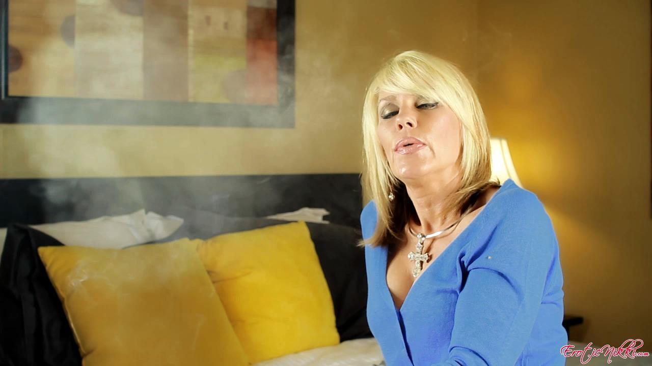 Erotic Nikki Ashton In Scene: Just Smoking - EROTICNIKKI - HD/720p/MP4