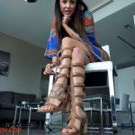 Lindsey Leigh In Scene: Worship My Gladiator Feet – MYLINDSEYADDICTION – HD/720p/MP4