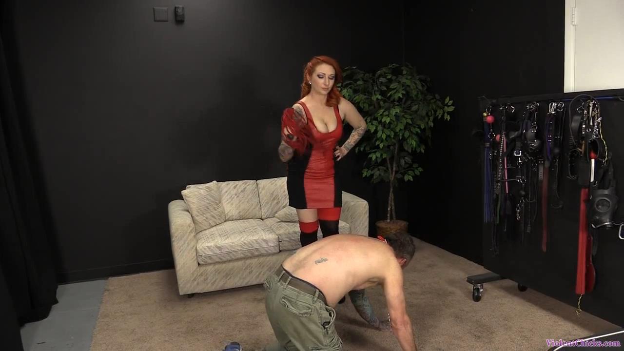 Miss Olivia In Scene: Olivia is trampling and beating her slav - VIOLENTCHICKS - HD/720p/MP4