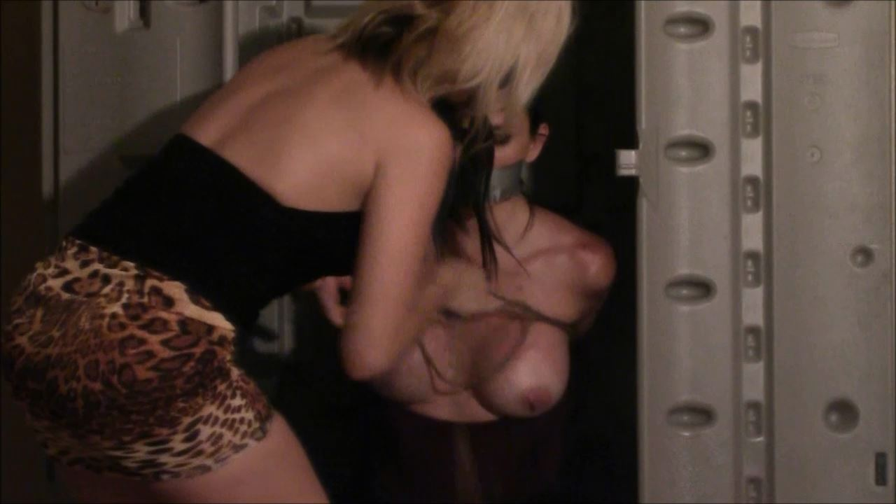 Kelly, Briella Jaden In Scene: Kelly Put in The Box - BRIELLASBONDAGEBOUTIQUE - HD/720p/MP4