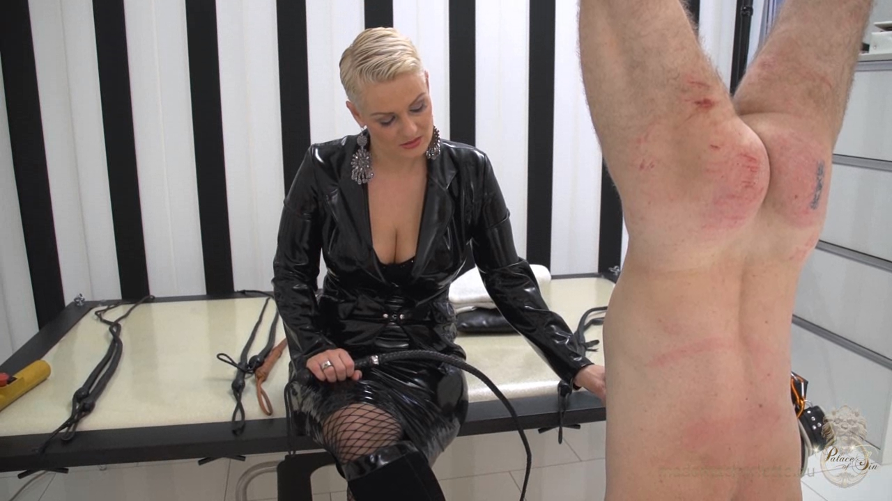 MADAME CHARLOTTE In Scene: The Swiss Sales Agent (Complete Video set) - KATES-PALACE - HD/720p/WMV