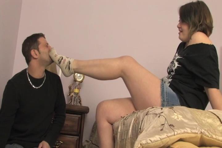 Mistress Eris In Scene: Mistress Eris catches her roommate stealing socks - VIOLENTCHICKS - SD/480p/MP4