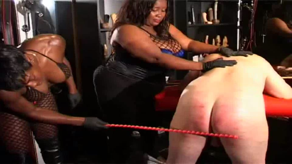 MISTRESS KIANA In Scene: Dark Domination with Mistress Kiana - BLACK-MISTRESSES - SD/540p/MP4
