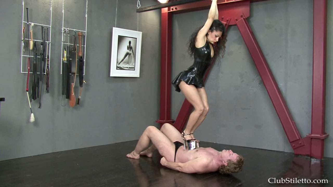 Mistress Sara Akeera In Scene: Love My Silver Heels - CLUBSTILETTO - HD/720p/MP4