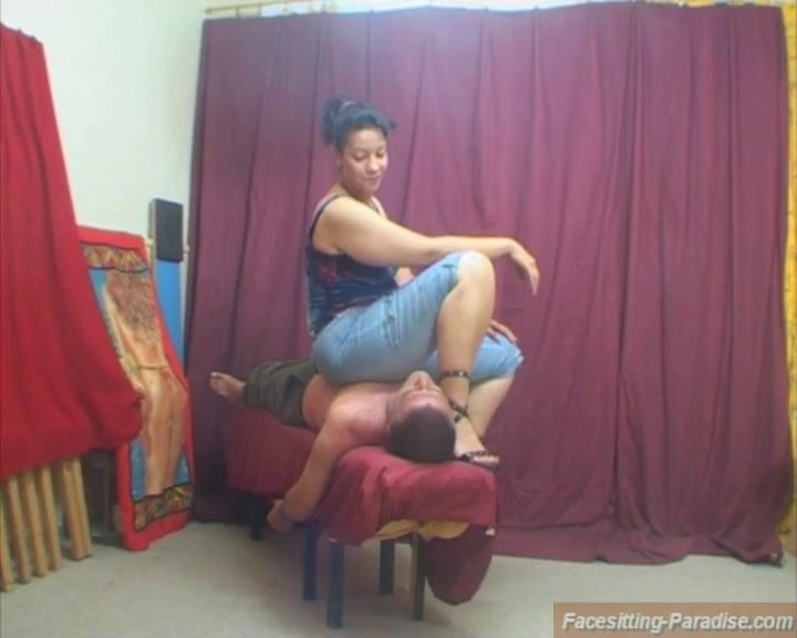 Cassandra In Scene: Sitting and tickling - FACESITTING-PARADISE - SD/576p/MP4