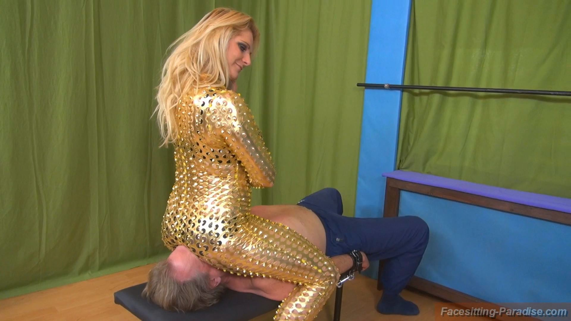 Katrin In Scene: You are the seat for the golden angel - FACESITTING-PARADISE - FULL HD/1080p/MP4