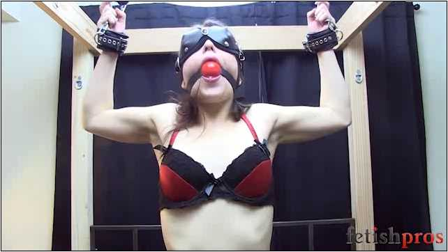 Juliette March In Scene: Julette Bound on Sybian - FETISHPROS - LQ/360p/MP4