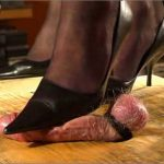 Mistress Julia In Scene: Milking a slave – JULIASHEELS – HD/720p/MP4