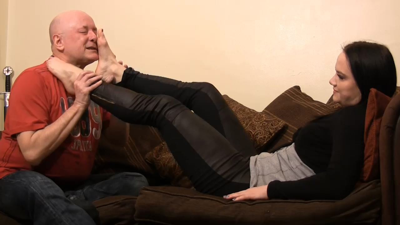 MISS LOLLIROT, MISS NATAHLIA In Scene: CHILL OUT DOMINATION FOOT FETISH - TOES2NOSE - HD/720p/MP4