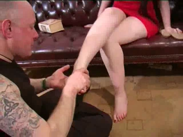 MISS LUCIFERA, SLAVE MONKEYBOY In Scene: LUCIFERA IN RED - TOES2NOSE - SD/480p/MP4