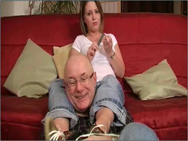 MISS KEELEY In Scene: QUIET FRIDAY NIGHT IN - TOES2NOSE - SD/480p/MP4