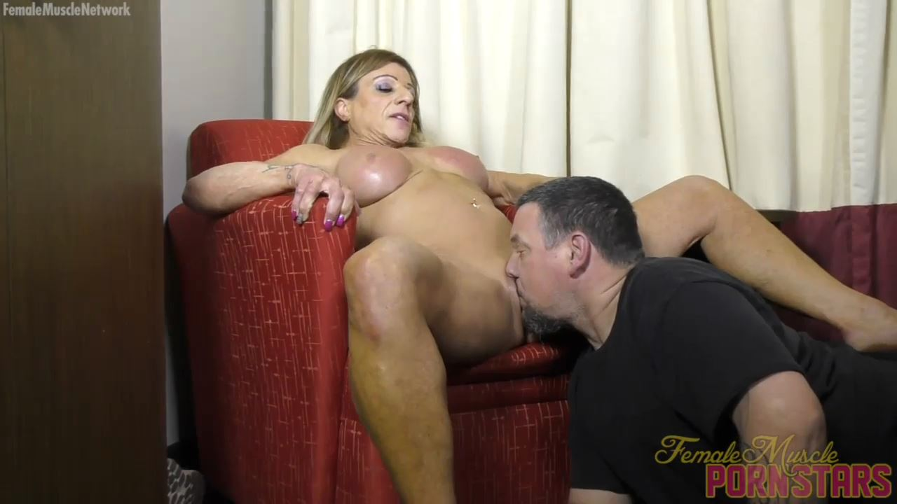 Lacey In Scene: Muscular Lacey Loves To Get Her Pussy Eaten - FEMALEMUSCLEPORNSTARS / FEMALEMUSCLENETWORK - HD/720p/MP4
