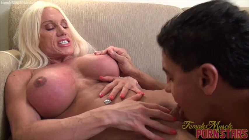 Ashlee Chambers In Scene: First He Sucks Her Big Clit. Then She Throws Him Out - FEMALEMUSCLEPORNSTARS / FEMALEMUSCLENETWORK - SD/480p/MP4