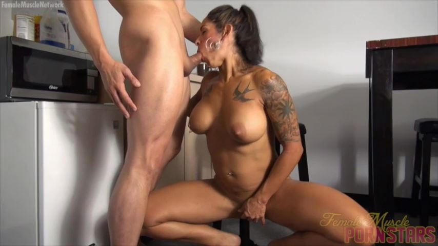 True Fit In Scene: She Likes Sucking. He Likes Jizzing. They're Perfect Together - FEMALEMUSCLEPORNSTARS / FEMALEMUSCLENETWORK - SD/480p/MP4
