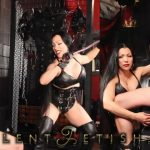 Goddess Cheyenne In Scene: Leather Mistress cbt in Chastity – OPULENTFETISH / GODDESSCHEYENNE – HD/720p/MP4