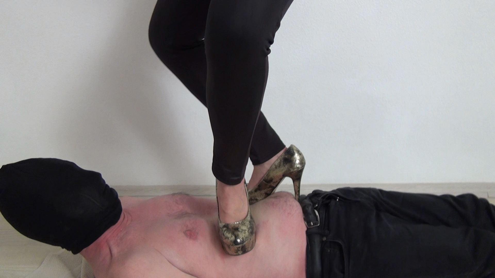 Mistress Maya In Scene: Trampling in Extreme High Heels - ABBIECATFETISH - FULL HD/1080p/MP4