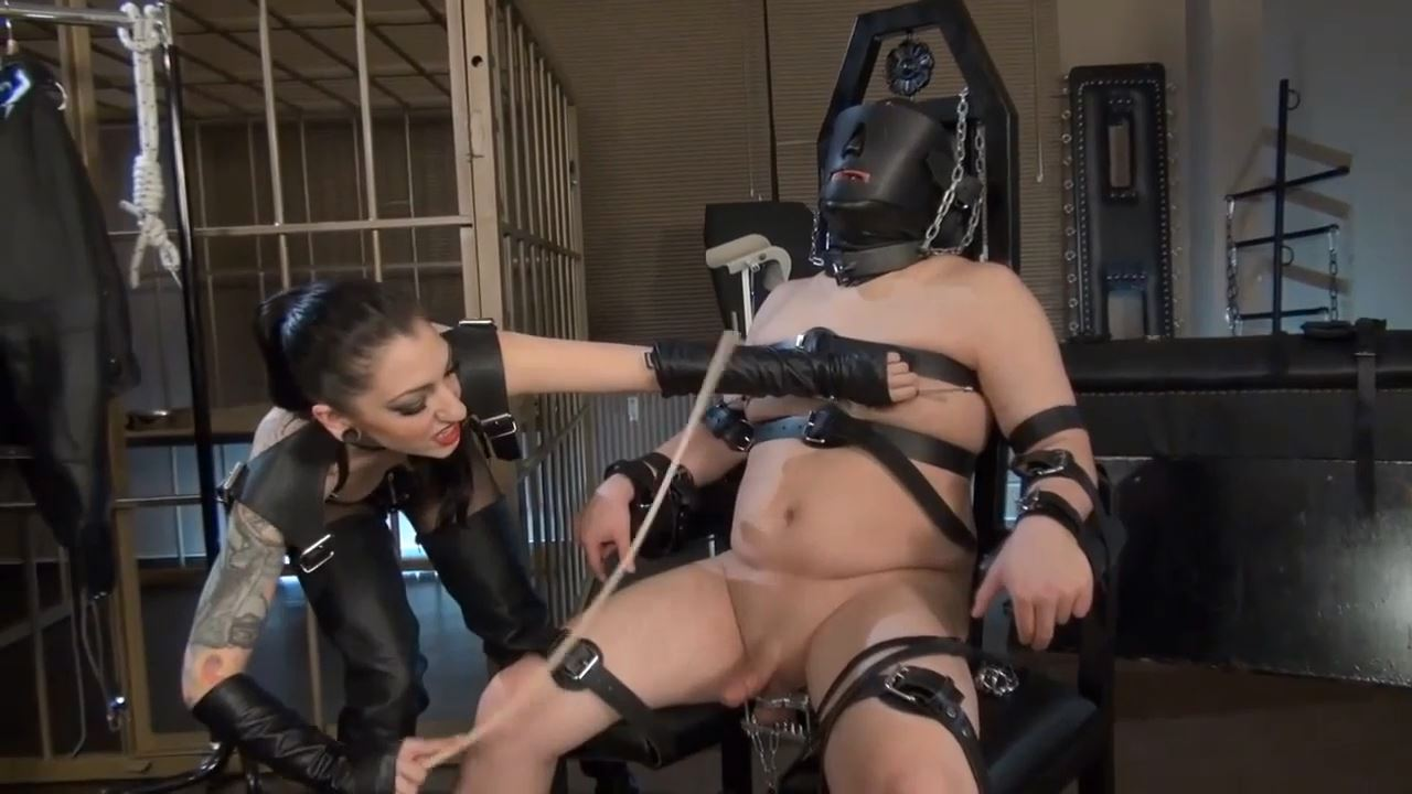 Domina Bizarre In Scene: Smoking and CBT - CYBILLTROY - HD/720p/MP4