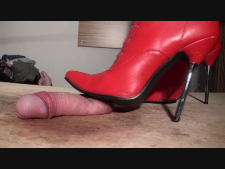 ELISE IS EVIL - BUSTEDBALLS - SD/576p/MP4