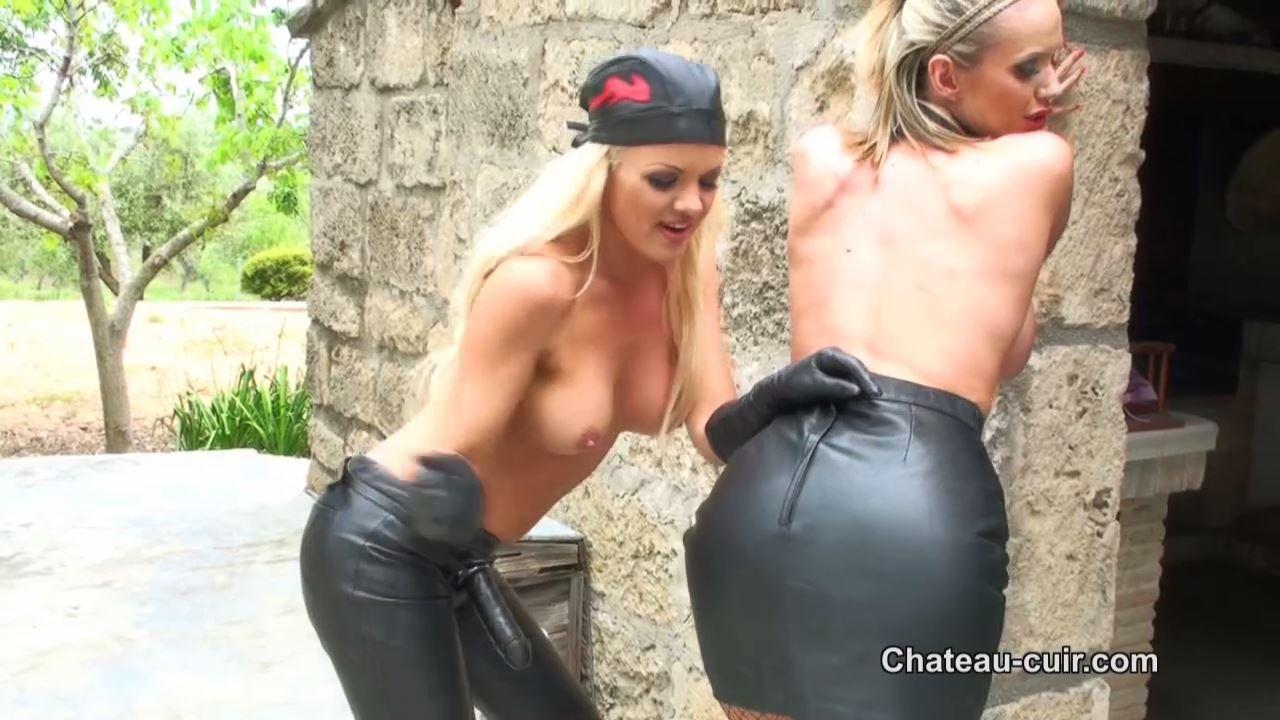 Frankie Babe, Lucy Zara In Scene: Frankie fucks Lucy Zara - CHATEAU-CIUR - HD/720p/MP4