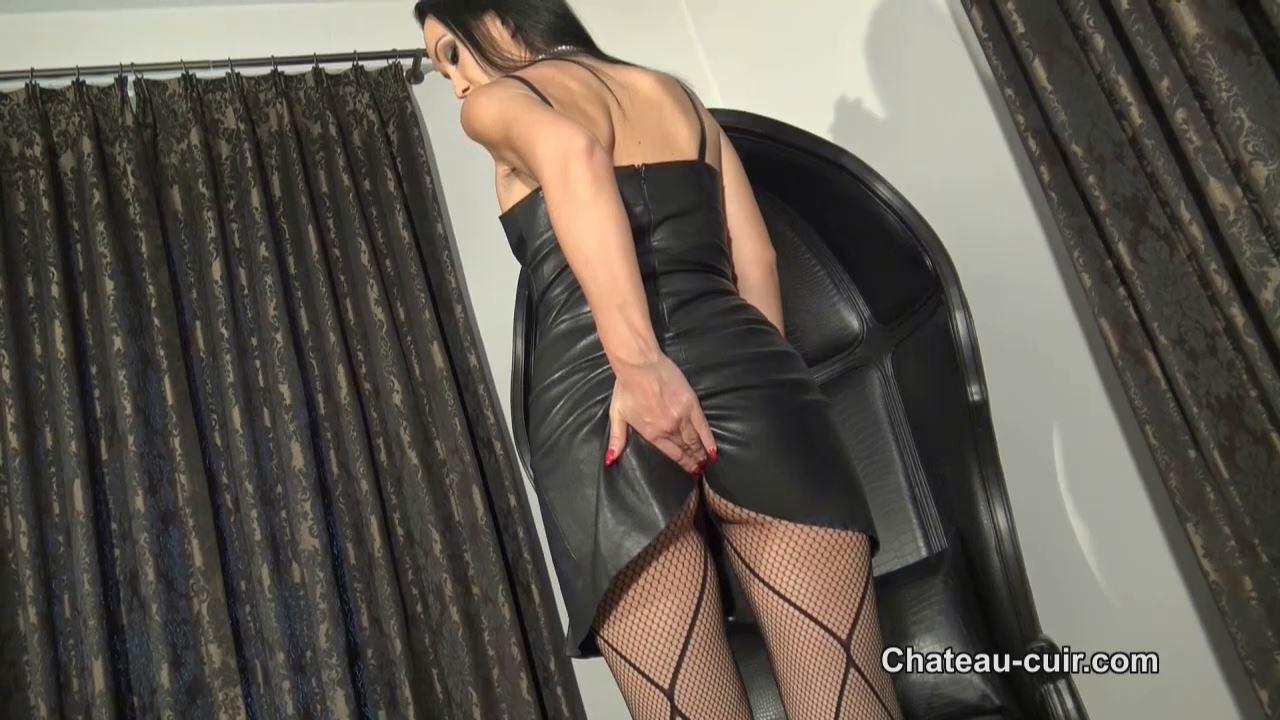 Fetish Liza In Scene: Luxury leather orgasm - CHATEAU-CIUR - HD/720p/MP4