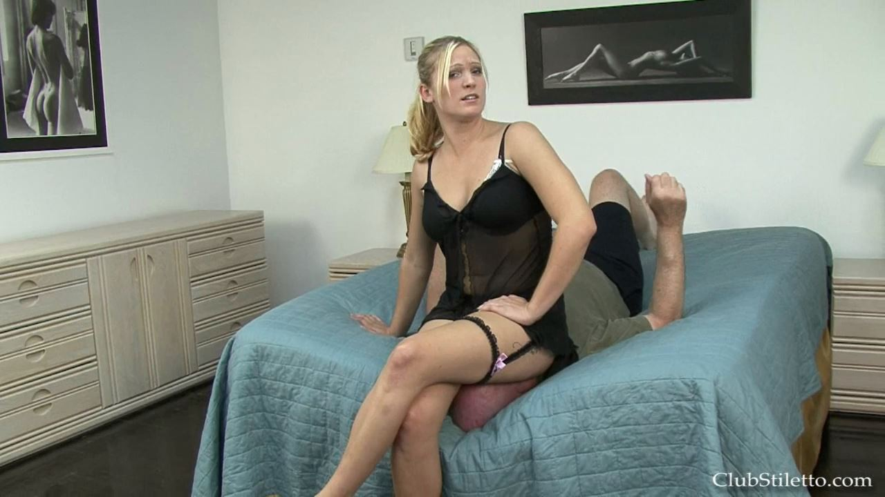 Mistress Britney In Scene: Face Plastered with Ass Full - CLUBSTILETTO - HD/720p/MP4