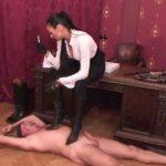 Madame Catarina In Scene: TRAMPLING THE PIZZA BOY – DOMINA-MOVIES – SD/480p/MP4