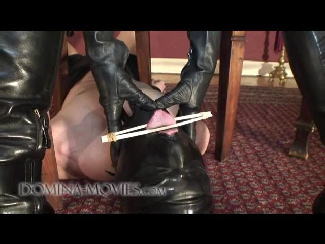 Madame Catarina In Scene: UNDER THE CHAIR WITH BOOTLICKER - DOMINA-MOVIES - SD/480p/MP4