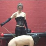 Annika Bond In Scene: The proud horse – ERONITE-FEMDOM – LQ/360p/MP4