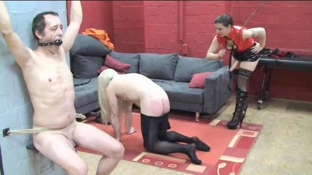 Lady Atropa In Scene: The transvestite gets his ass fucked - ERONITE-FEMDOM - LQ/360p/MP4