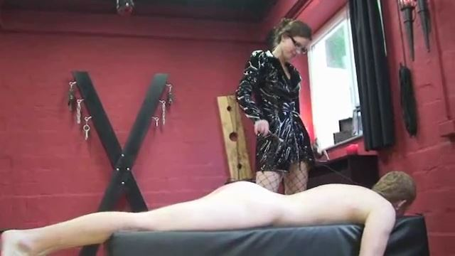 Annika Bond In Scene: Elecric current, wax and torture for the slave - ERONITE-FEMDOM - LQ/360p/MP4