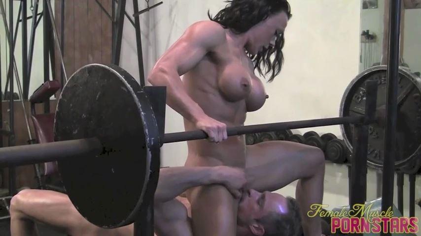 Bella In Scene: The Sweet Spot - FEMALEMUSCLEPORNSTARS / FEMALEMUSCLENETWORK - SD/480p/MP4