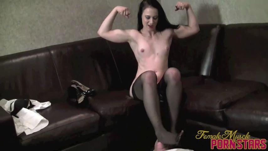 Cheyenne Jewel In Scene: Iron Maiden - FEMALEMUSCLEPORNSTARS / FEMALEMUSCLENETWORK - SD/480p/MP4